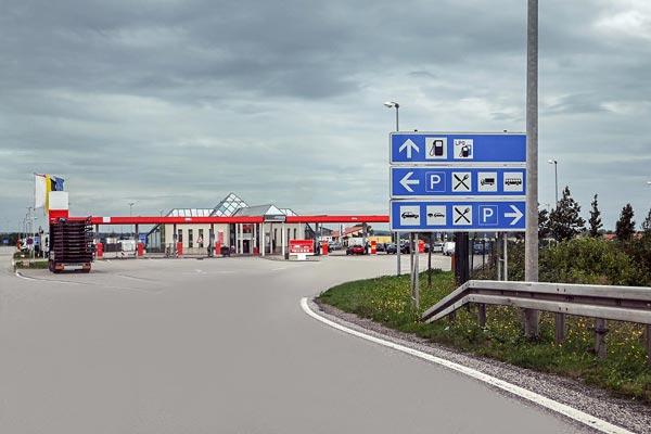 Tankstelle und Raststtte